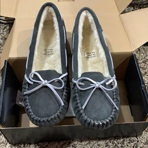 NIB Cabelas Womens Mocs Dark Grey